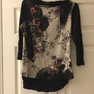 Floral pullover top